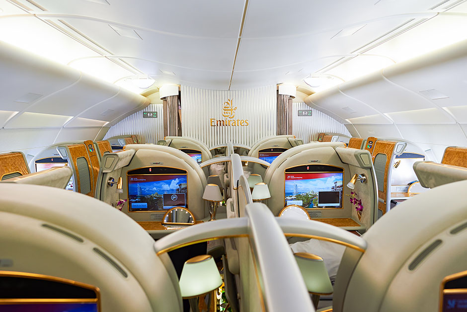 Emirates-golden-strips8.jpg