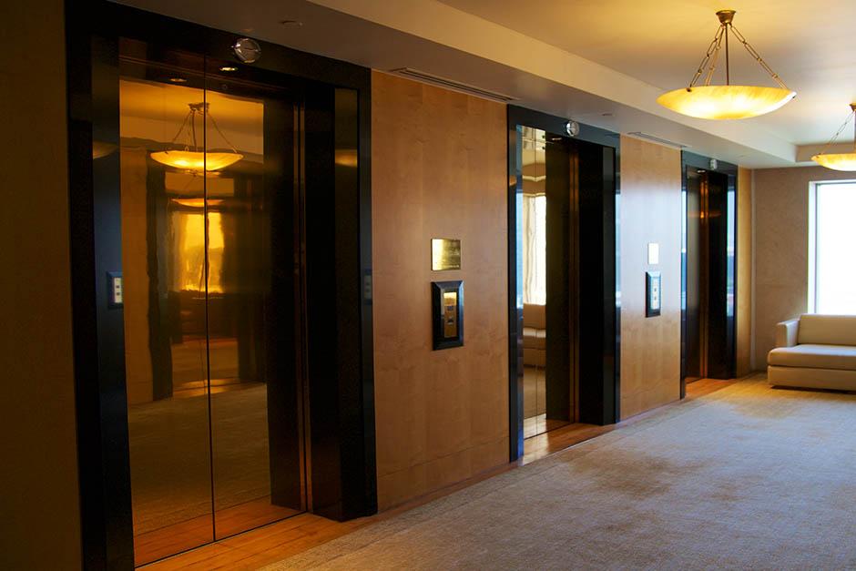 Elevator Door Skin & Elevator interior
